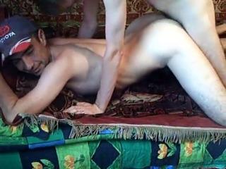Узбеки геи трахаются дома UZBAK.RU