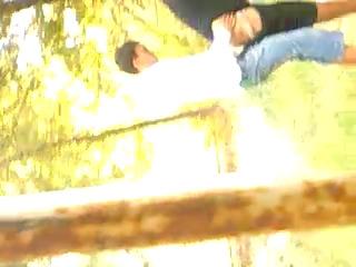 Молодые узбеки в Гулистан парк скрытая камера секс UZBAK.RU