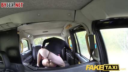Узбечка изменила мужу с таксистом UZBAK.RU