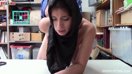 Американец насильно трахает армянку